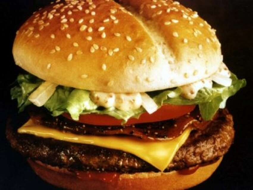 McDonald's Arch Deluxe In 1996, McDonald's spent $150 million on advertising for this quarter-pounder on a potato bun with peppered bacon, lettuce, onions, and a mustard-mayo sauce. Although the burger didn't do well in sales, fans say it was a tasty menu item.