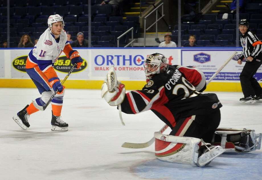 Binghampton goalie Matt O'Connor makes a save on a breakaway by Sound Tiger Tanner Fritz during the first period of their AHL hockey game at the Webster Bank Arena in Bridgeport, Conn. on Sunday, November 20, 2016. Photo: Brian A. Pounds / Hearst Connecticut Media / Connecticut Post