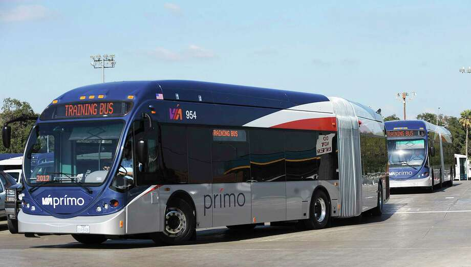 "The great gas ""shortage"" of 2017 revealed flaws in VIA service, among them the inability of commuters to find routes that worked well for them. VIA currently has only one Primo route — rapid bus services — though others are planned. Photo: Express-News File Photo / SAN ANTONIO EXPRESS-NEWS"