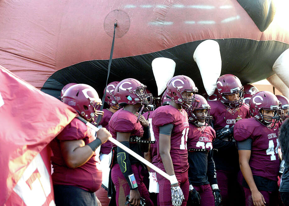 Central's varsity gather in their tunnel before taking the field against Port Arthur Memorial during their season openers at The Thomas Center Wednesday. Like many area schools, football season was delayed and mid-week games are being scheduled to help catch up on district play. Photo taken Wednesday, September 20, 2017 Kim Brent/The Enterprise Photo: Kim Brent / BEN