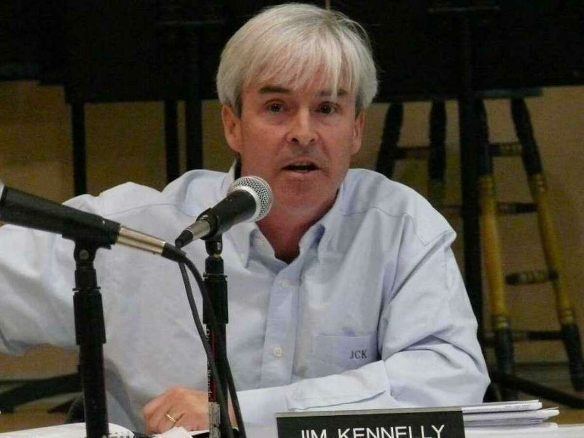 Town Plan and Zoning Commission member Jim Kennelly has taken his name for the November ballot and will not seek re-election to the land use board.