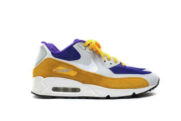 DJ Skee donated: Nike Air Max 90Vikings Edition, signed by Stefon Diggs, Harrison Smith, Brian Robinson, Jeremiah Sirles, Jarius Wright, Jerrick Mckinnon and Kyle Rudolph of the Minnesota Vikings