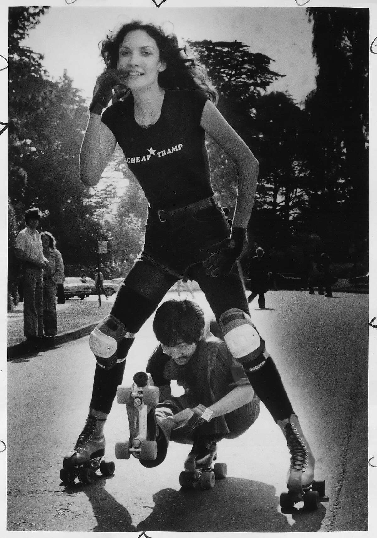 The birth of roller disco in Golden Gate Park Disco roller skating in the park is still a thing every Sunday, but it all started in the late '70s. According to the Chronicle, Golden Gate Park went from having zero roller skate vendors in 1977 to having 11 of them in 1979.