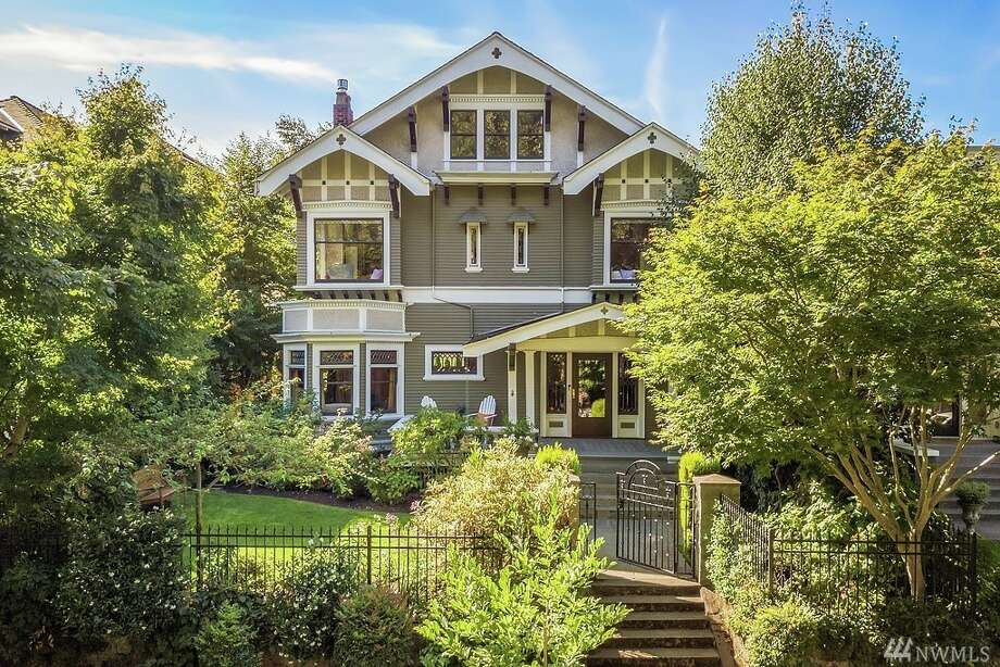 737 16th Ave. E., listed for $2,598,000. See the full listing here. Photo: Andrew Webb/Clarity Northwest Photography