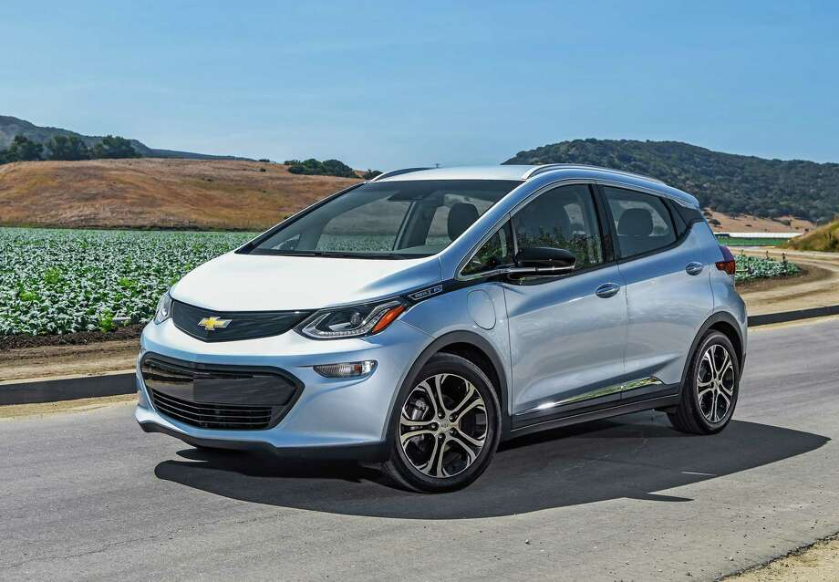 For 2017 Practical Fun Chevy Bolt Ev Features 238 Mile Range