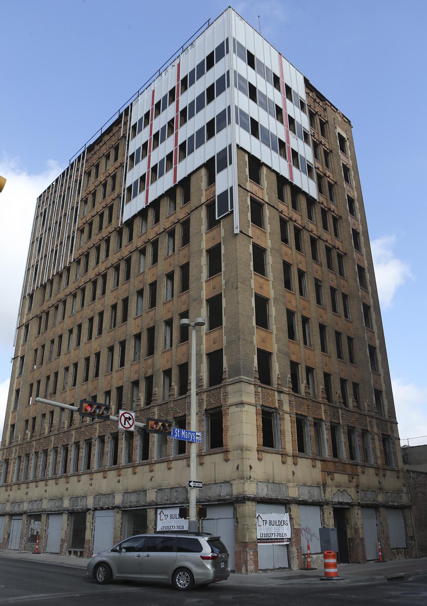 Historic Downtown San Antonio Hedrick Building Has Its