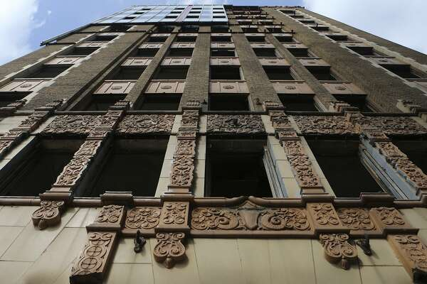 The 1928 facade of what was then called the Real Estate Building was recently revealed when workers removed 1960s aluminum cladding.