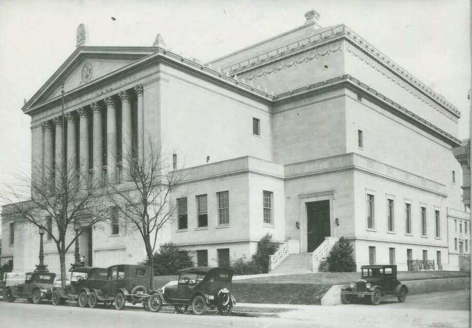 Exterior of Scottish Rite Cathedral, 308 Avenue E, circa 1927. Photo: Courtesy UTSA Special Collections