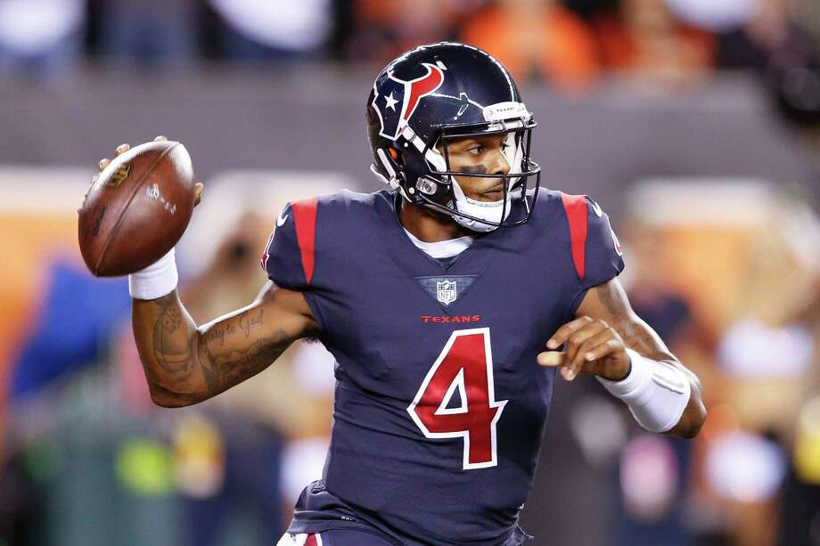 Houston Texans quarterback Deshaun Watson looks to pass in the first half of an NFL football game against the Cincinnati Bengals, Thursday, Sept. 14, 2017, in Cincinnati. (AP Photo/Gary Landers) Photo: Gary Landers, FRE / AP