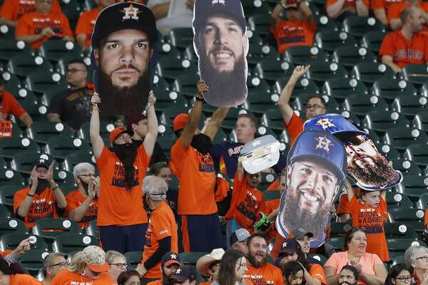 Houston Astros starting pitcher Dallas Keuchel fans in Keuchel's Korner during the first inning of an MLB baseball game at Minute Maid Park, Thursday, Sept. 21, 2017, in Houston.  ( Karen Warren / Houston Chronicle )