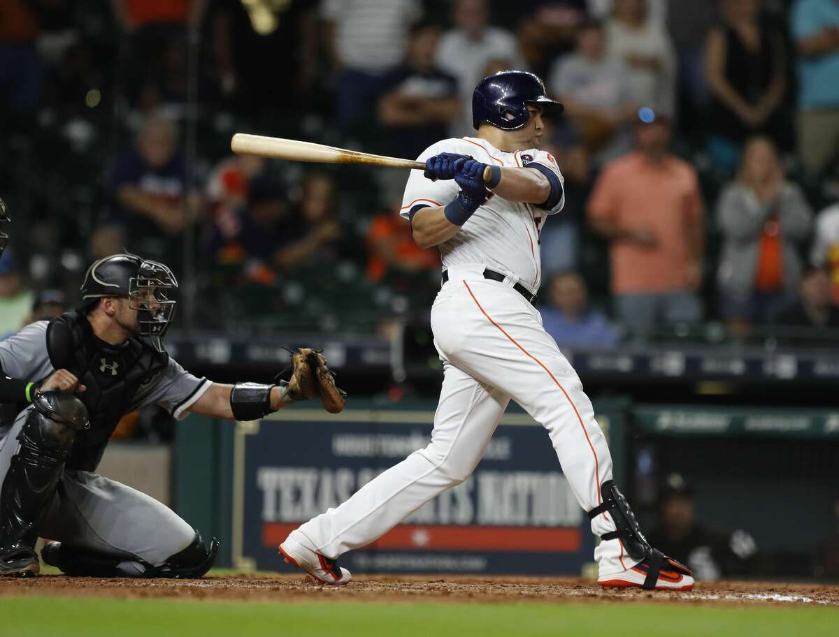 Houston Astros designated hitter Carlos Beltran (15) grounds out to end the ninth inning of an MLB baseball game at Minute Maid Park, Thursday, Sept. 21, 2017, in Houston. ( Karen Warren / Houston Chronicle )