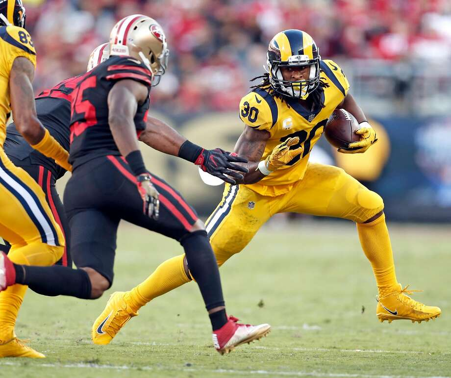 Los Angeles Rams' Todd Gurley rushes in 1st quarter against San Francisco 49ers during NFL game at Levi's Stadium in Santa Clara, Calif., on Thursday, September 21, 2017. Photo: Scott Strazzante, The Chronicle