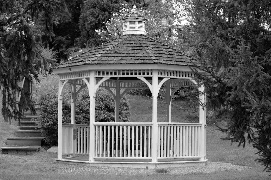 A gazebo in Mead Park in New Canaan. Photo: Justin Papp / Hearst Connecticut Media / New Canaan News