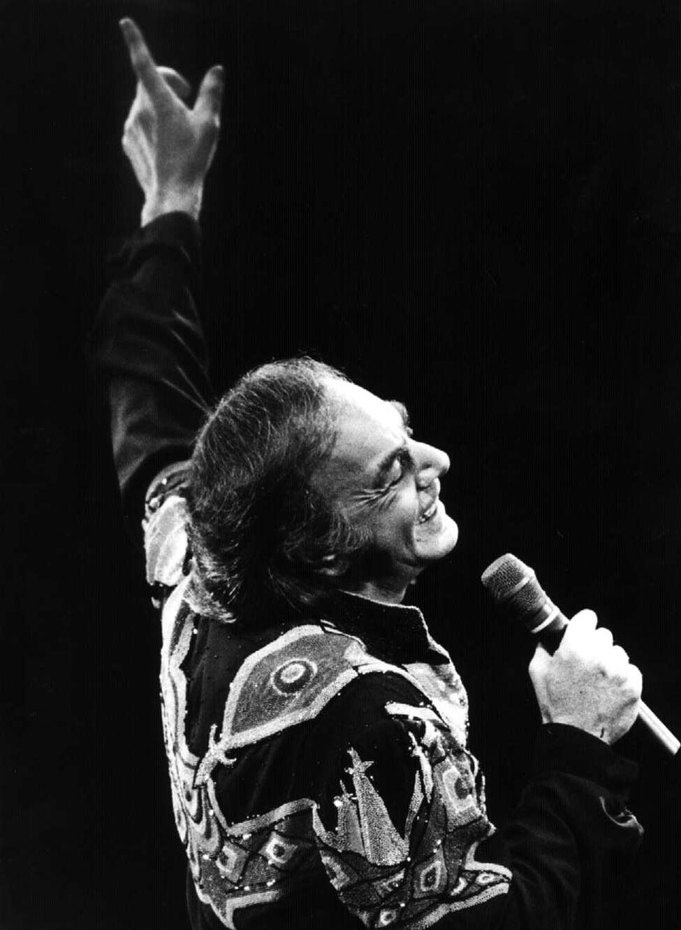 Neil Diamond performs at the Knickerbocker Arena. 9/3/1992. (Steve Jacobs/Times Union archive)
