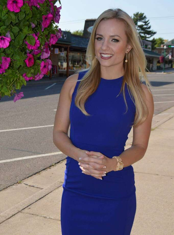 Ivory Hecker joined KRIV-TV as a general assignments reporter on Oct. 2, 2017. Previously, Hecker was a reporter and anchor at Minneapolis' KARE-TV. See the reporters, anchors and meteorologists who've left us this year. Photo: Fox Television Stations/Courtesy To The Houston Chronicle
