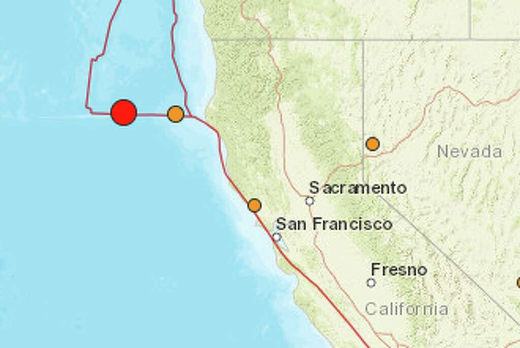 the usgs reported a 5 7 magnitude earthquake off the coast of eurkea on friday