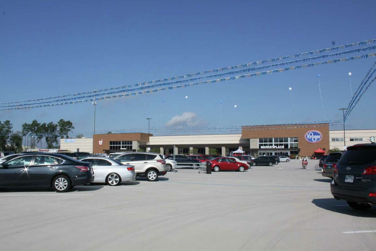 The Kroger Marketplace celebrated its grandopening on Friday at 3731 Riley Fuzzel Road in Spring, TX 77386.