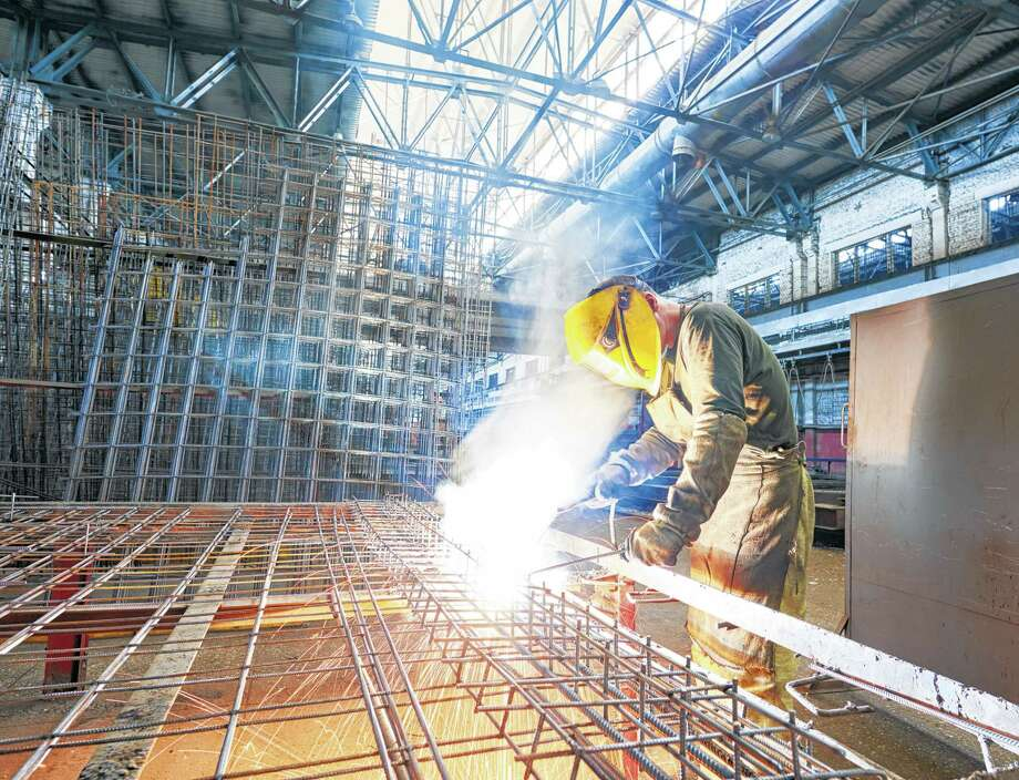 There is a demand for process operators and for skilled workers in the areas of instrumentation, analyzer technology, welding and electrical.