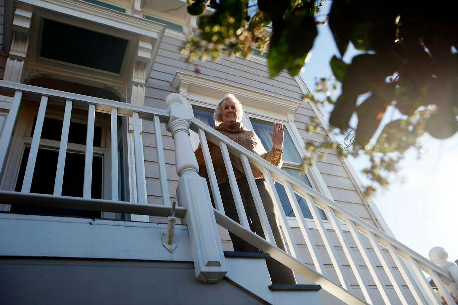 In San Francisco, the hottest part of the housing market continues to be single-family homes in more affordable neighborhoods such as Bernal Heights, Sunset and Richmond neighborhoods. Photo: Franchon Smith, The Chronicle