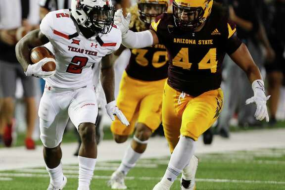 Texas Tech wide receiver Keke Coutee (left) leads the nation in receiving yards with 142.5 per game after catching 12 passes for 186 yards last week.