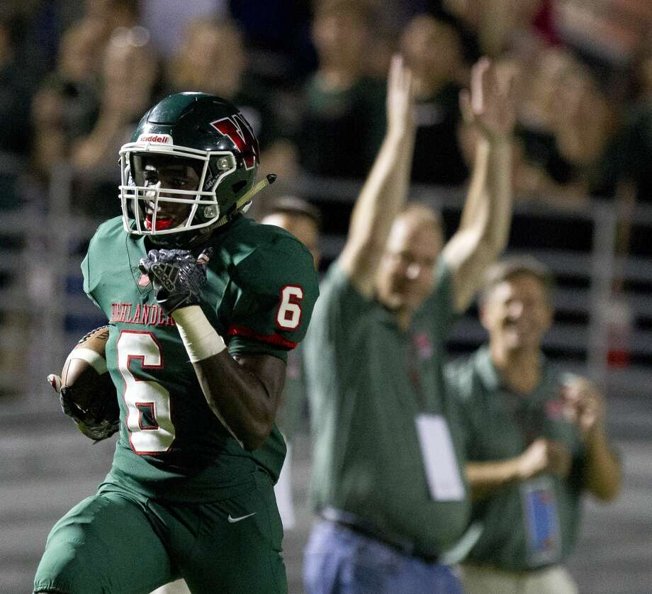 The Woodlands wide receiver Kesean Carter (6) returns a kickoff for a 75-yard touchdown during the third quarter of a non-district high school football game at Woodforest Bank Stadium, Friday, Sept. 22, 2017, in Shenandoah. Photo: Jason Fochtman/Houston Chronicle
