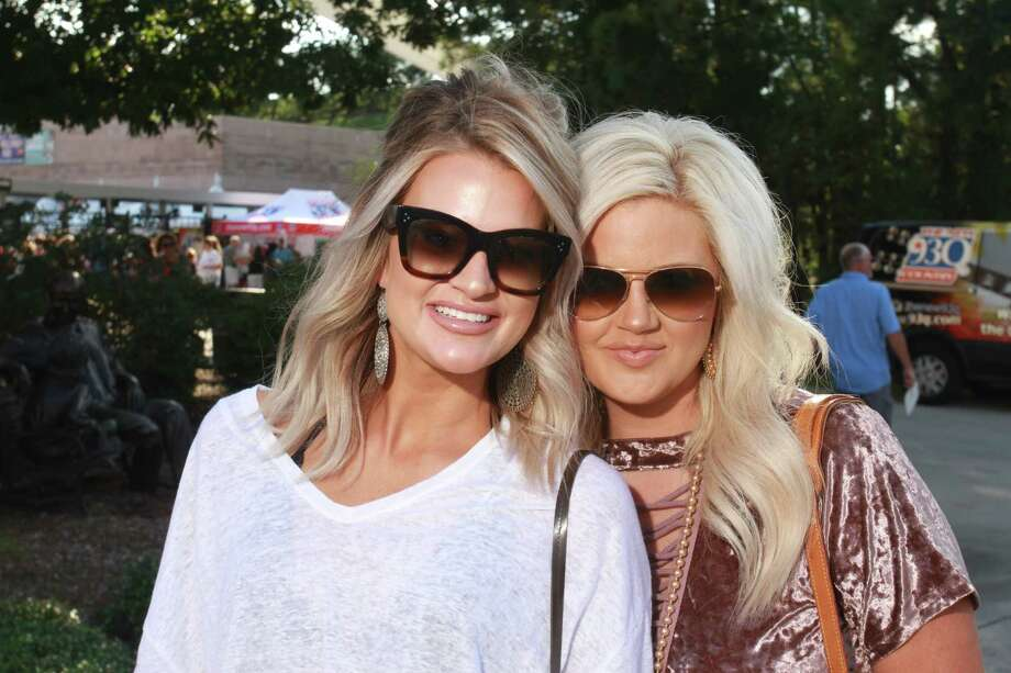 Fans attending the Luke Bryan concert at the Woodlands Pavilion.  (For the Chronicle/Gary Fountain, September 22, 2017) Photo: Gary Fountain/For The Chronicle / Copyright 2017 Gary Fountain