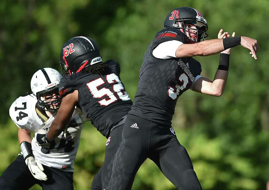 Wilbur Cross defeats Xavier, 14-7, Friday, Sept. 22, 2017, at the Barbarito/Marine Field at the Wilbur Cross Athletic Complex in New Haven. Photo: Catherine Avalone, Hearst Connecticut Media / New Haven Register