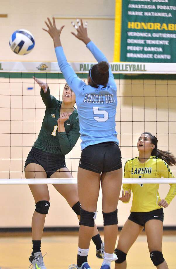 Melanie Arenas had a team-high eight kills in Laredo College's 3-0 win over the host Chaparrals Saturday, capping their four-win weekend as they swept the Vernon College Classic. Photo: Cuate Santos /Laredo Morning Times File / Laredo Morning Times