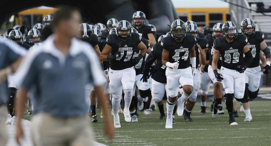 The Steele Knights take the field against Smithson Valley in high school football at Lenhoff Stadium on Friday, Sept. 22, 2017. Photo: Kin Man Hui /San Antonio Express-News / ©2017 San Antonio Express-News