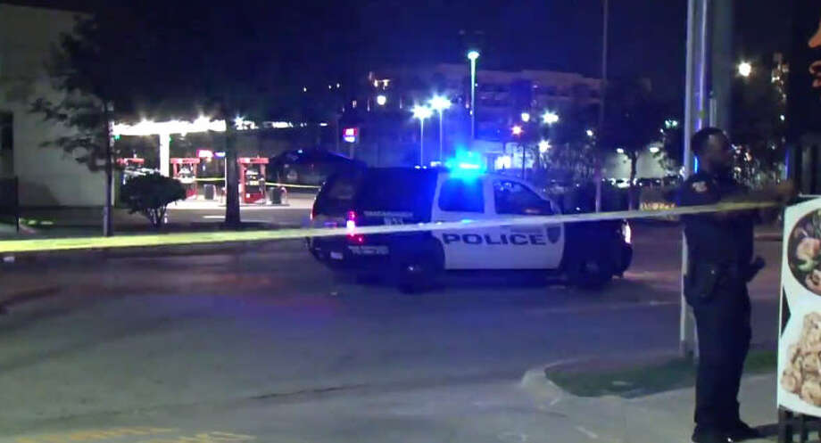 A man was shot repeatedly in a Midtown drive-by. Photo: Metro Video