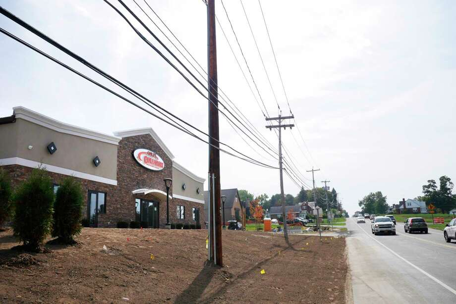 A view of the new  Cole's Collision Center on Thursday, Sept. 21, 2017, in North Greenbush, N.Y.   (Paul Buckowski / Times Union) Photo: PAUL BUCKOWSKI / 20041623A