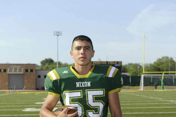 Munoz was the only returning starter to the Nixon offensive line this year.