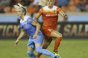 Houston Dash midfielder Kristie Mewis (19) and Chicago Red Stars defender Julie Ertz (8) battling for position during the second half of the game at BBVA Compass Stadium Saturday, Sept. 23, 2017, in Houston. ( Yi-Chin Lee / Houston Chronicle )