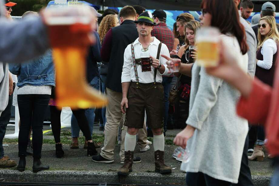 Scenes from the annual Fremont Oktoberfest, Saturday, Sept 23, 2017. Photo: GENNA MARTIN, SEATTLEPI / SEATTLEPI.COM