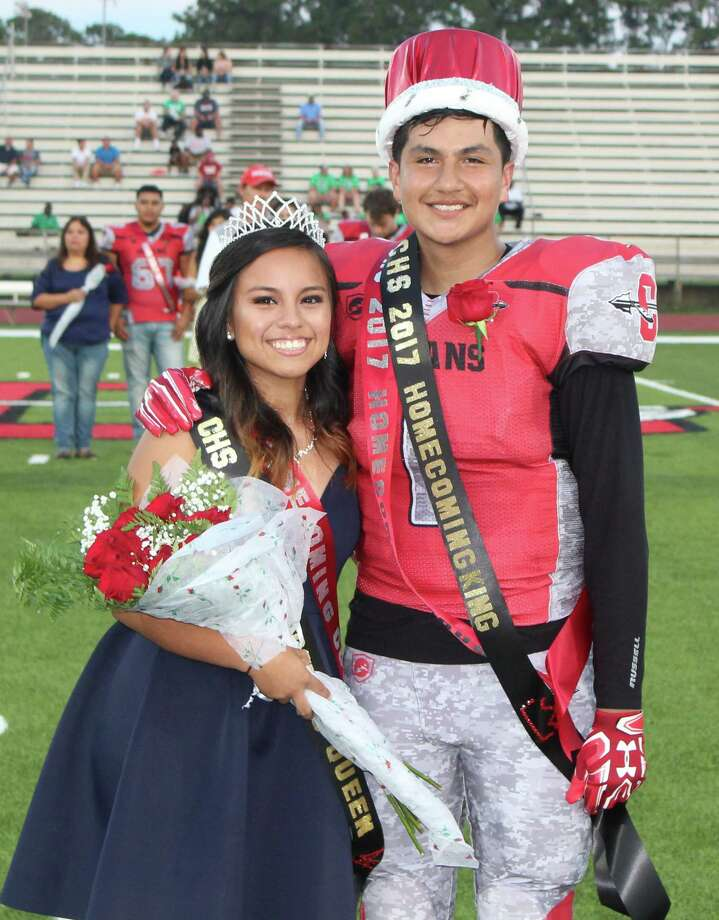 Jazmin Garcia (left) and Christian Botello (right) are crowned as the Cleveland High School homecoming queen and king on Sept. 22, 2017. Photo: Jacob McAdams