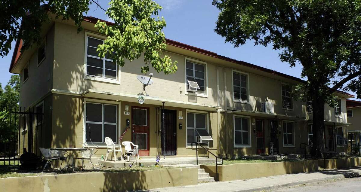 The San Antonio Housing Authority selected a new company to lead revitalization of the apartments.