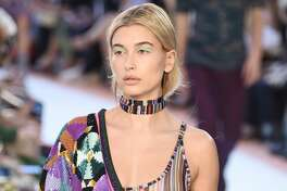 MILAN, ITALY - SEPTEMBER 23:  Hailey Baldwin walks the runway at the Missoni show during Milan Fashion Week Spring/Summer 2018 on September 23, 2017 in Milan, Italy.  (Photo by Pietro D'aprano/Getty Images)