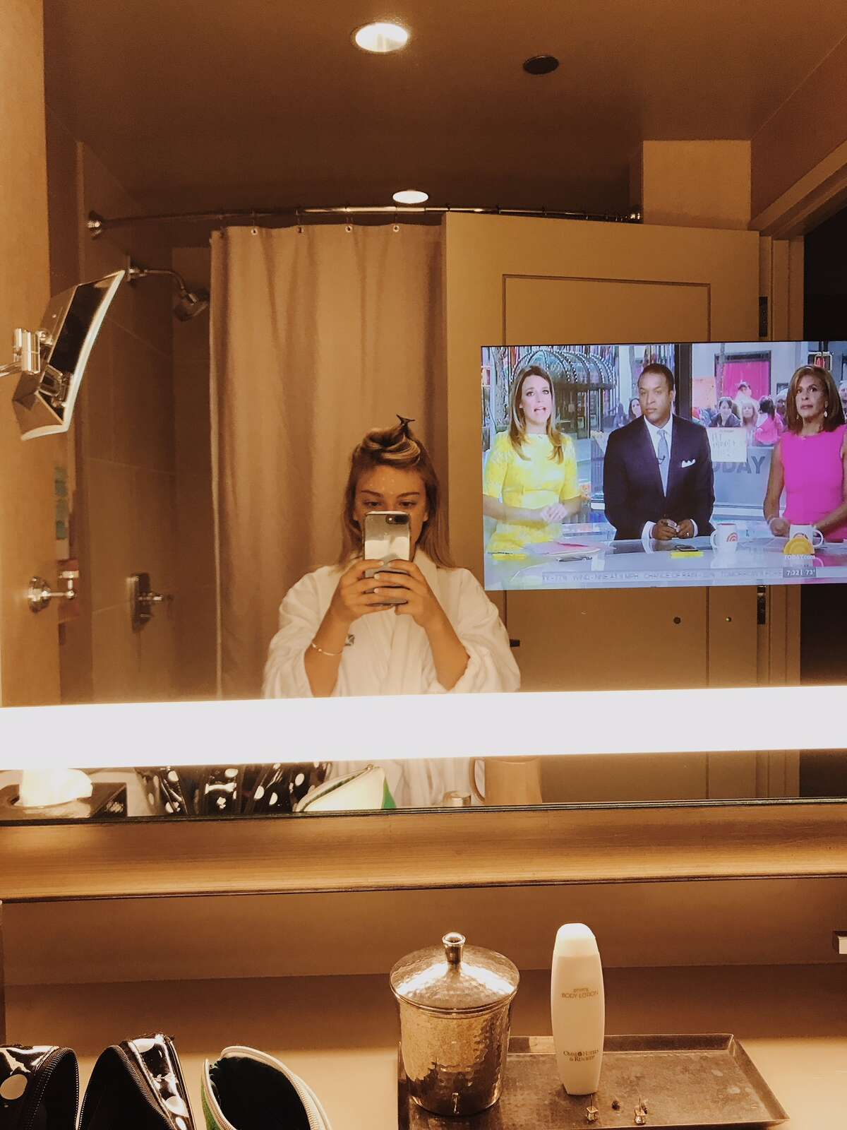 2. I time my morning routine so that I'm always in front of the TV for the intro of the Today Show at 7 a.m.