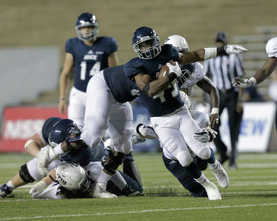 PHOTOS: FIU 13, Rice 7Rice running back Samuel Stewart struggled to find space to operate in Saturday's loss to Florida International, finishing with 35 yards on 11 carries.Browse through the photos to see action from Rice's loss to FIU on Saturday. Photo: Elizabeth Conley, Staff / © 2017 Houston Chronicle