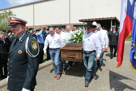 Houston 'firefighter cowboy' laid to rest near his Batson