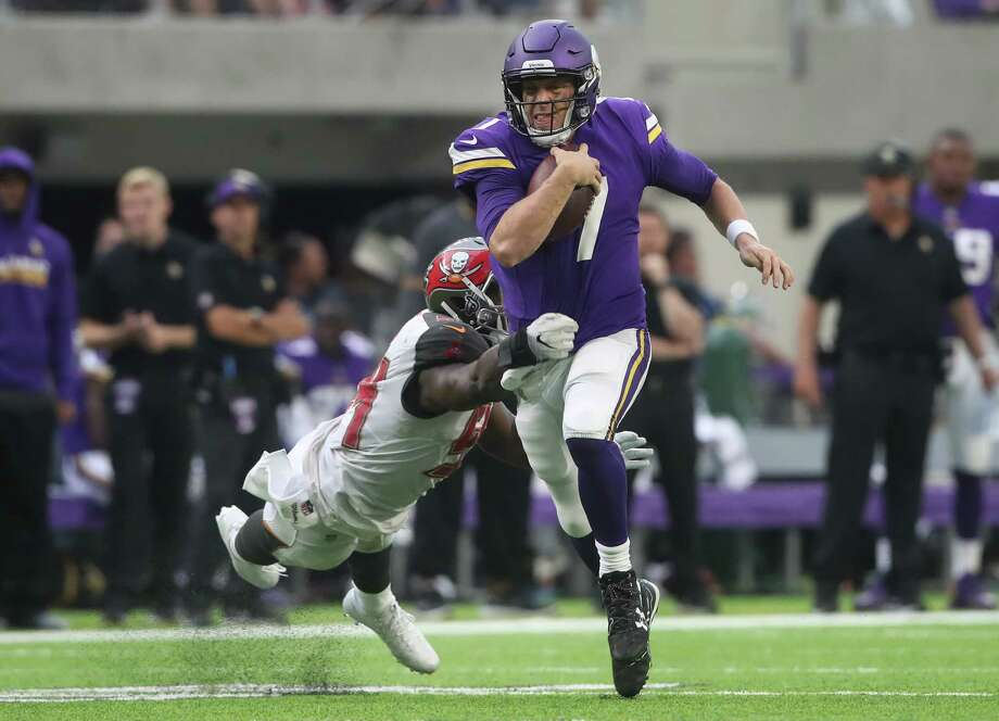 Vikings quarterback Case Keenum was at his best Sunday, throwing for a career-high 369 yards and three TDs in a win over the Buccaneers. Photo: Jerry Holt, MBR / Minneapolis Star Tribune