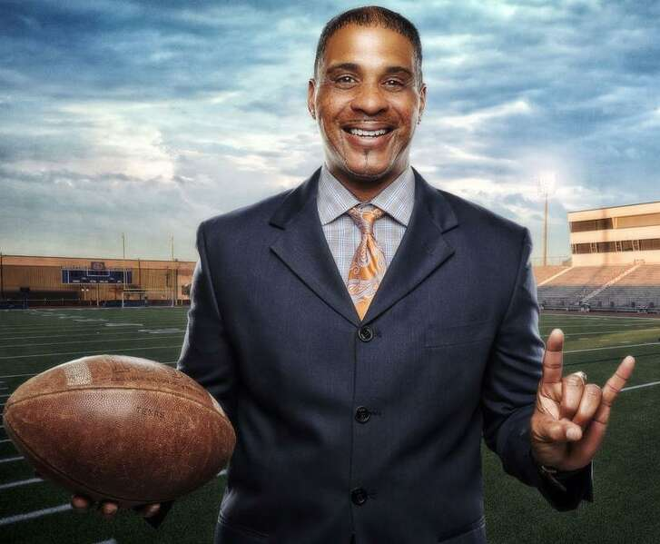 Johnny Walker, a former Holmes High School star, was an All-SWC receiver for the Texas Longhorns in 1989-90. He was enshrined into the Texas High School Football Hall of Fame in 2017.