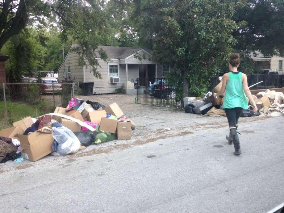 Galek approaches the Ratcliffs' house on Dabney Street. Photo: Jennifer Galek
