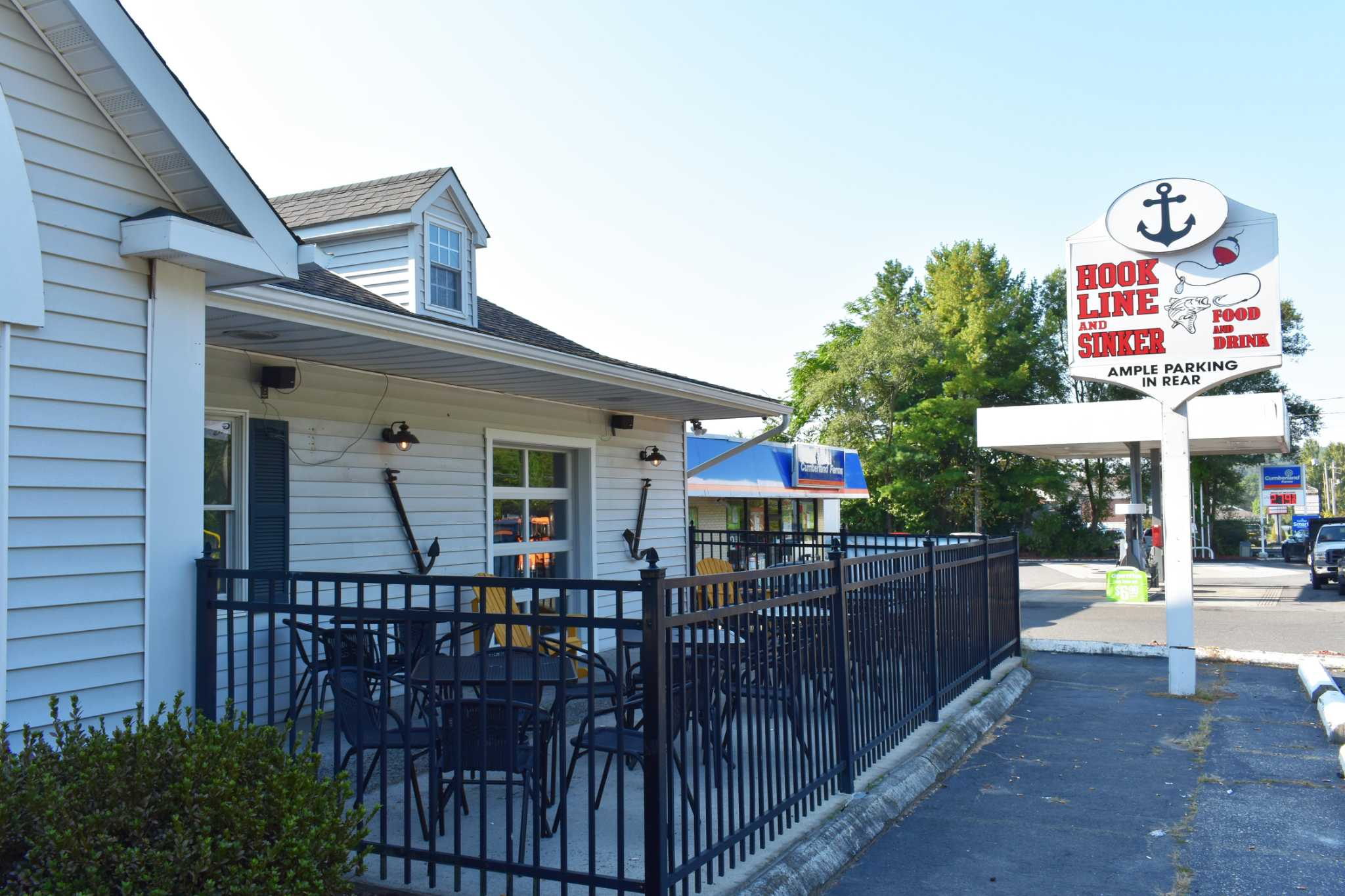 Shelton transitions hook line and sinker connecticut post for Swanson s fish market