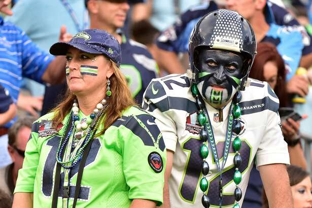 NASHVILLE, TN - SEPTEMBER 24:  Fans of the Seattle Seahawks react during the second half of a Seahawks 27-33 loss to the Tennessee Titans at Nissan Stadium on September 24, 2017 in Nashville, Tennessee.  (Photo by Frederick Breedon/Getty Images)