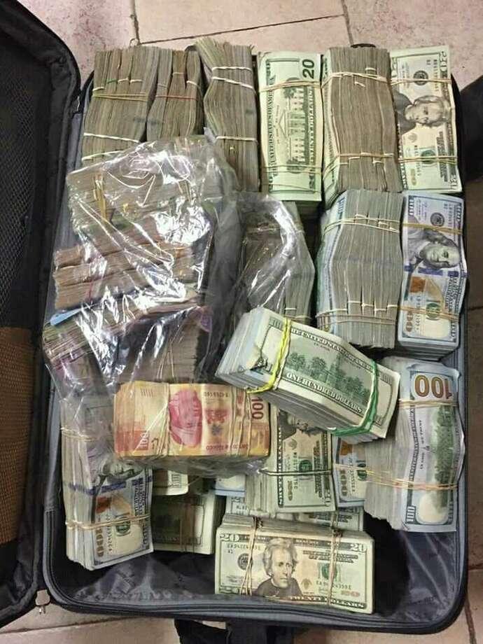 3million Pesos Home Design In The Philippines: 2 Arrested, More Than $2.3 Million Seized In Nuevo Laredo