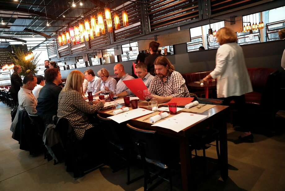 Diners gather in the final weeks at RN74 in S.F., which closes Oct. 7. Photo: Scott Strazzante, The Chronicle