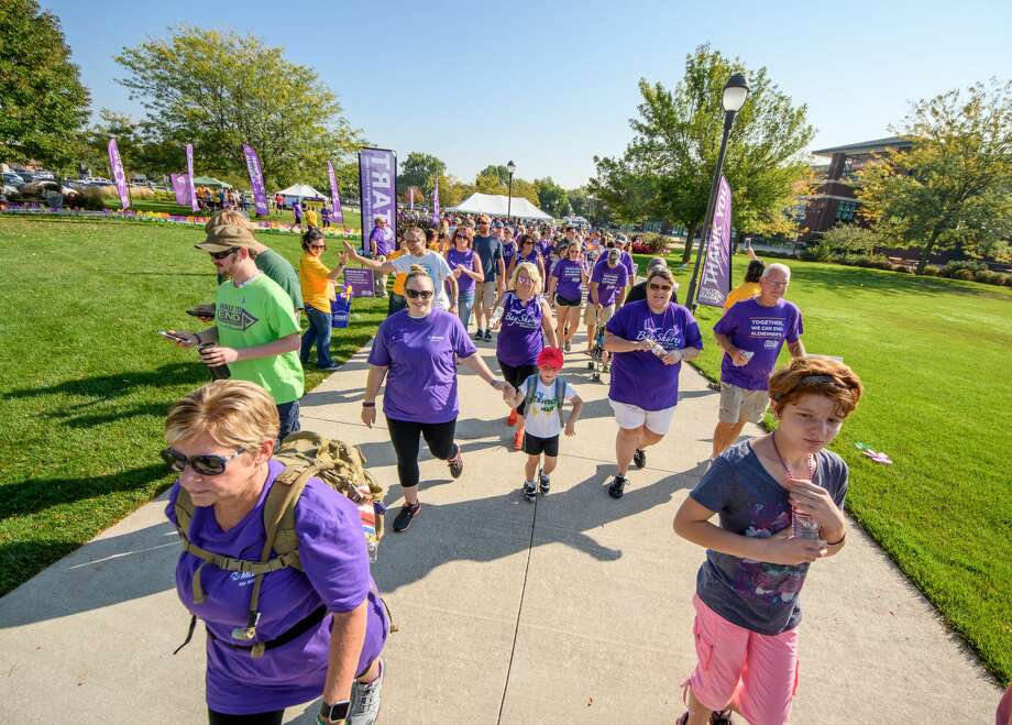 The Walk to End Alzheimer's at Dow Diamond Saturday, Sept. 23, 2017. (Steven Simpkins/for the Daily News) Photo:  Dow Diamond Saturday, Sept. 23, 2017. (Steven Simpkins/for The Daily News)