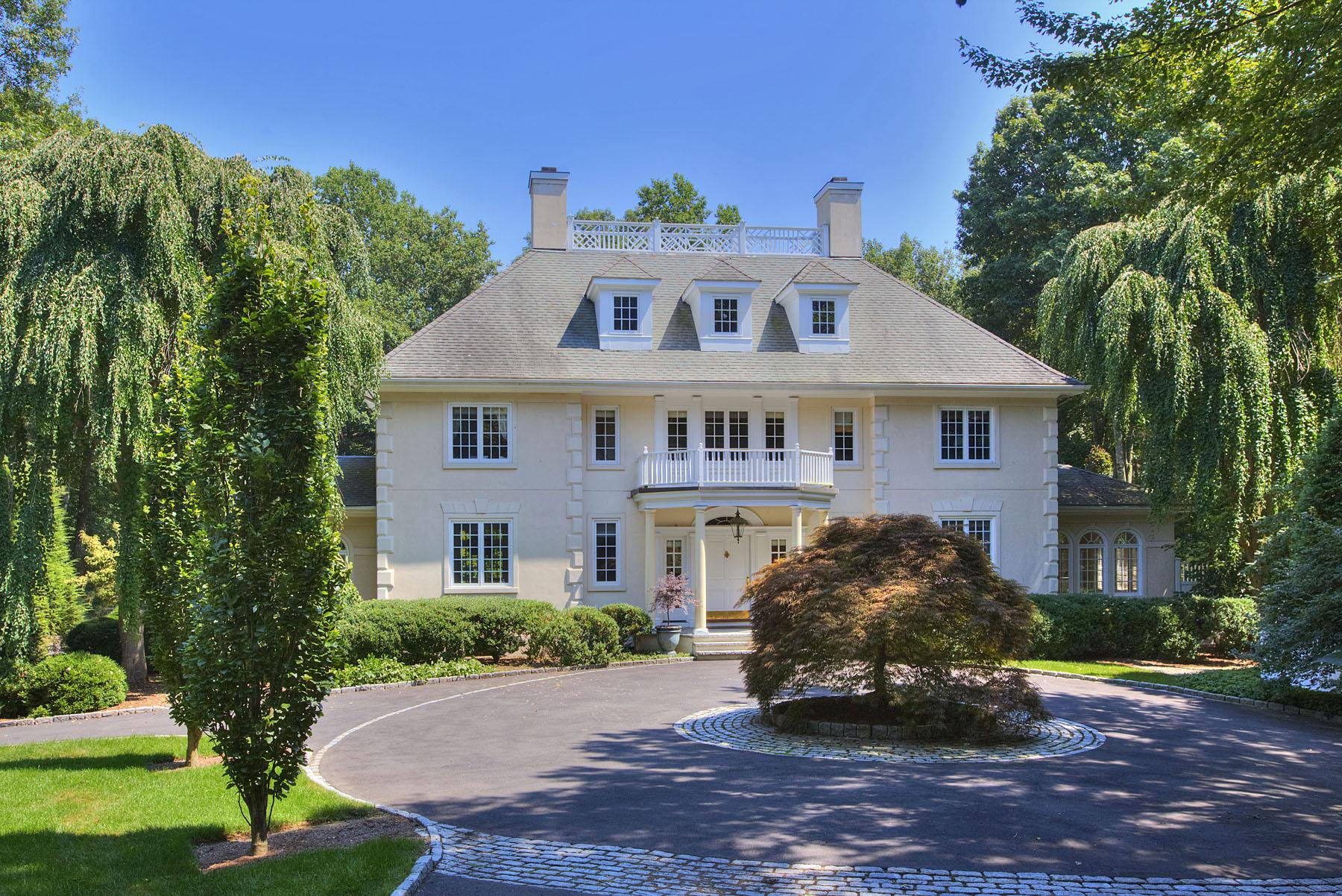 On the market 4 000 square foot stucco georgian colonial for Westport ireland real estate