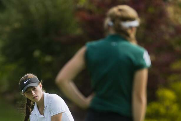 Dow senior Giacomino Fabiano competes in the Dow Invitational on Monday, Sept. 25, 2017 at Currie Golf Course. (Katy Kildee/kkildee@mdn.net)